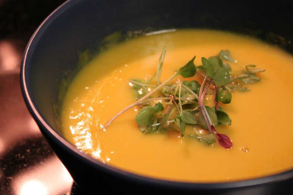 Butternut Squash Soup & Gourmet Salad Flatbread — The Picky Eater: A ...