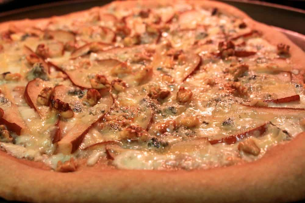 Pear, Gorgonzola and Walnut Pizza — The Picky Eater: A Healthy Food ...