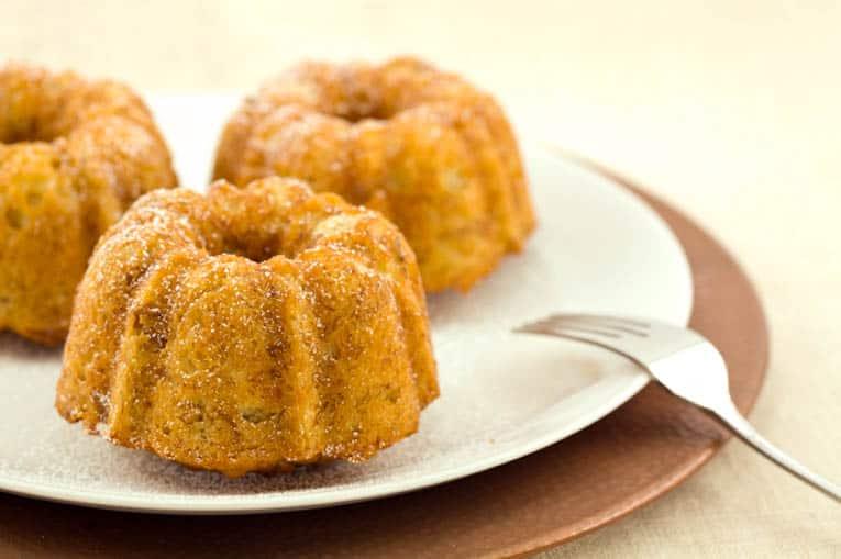 Easy, Healthy, Mini Banana Bundt Cakes — The Picky Eater: A Healthy ...