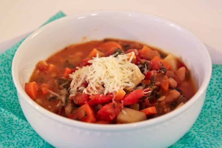 Hearty, Healthy, Winter Minestrone Soup - easy healthy recipes, tasty healthy recipes, delicious healthy recipes, vegetarian healthy recipes, quick and easy recipes for picky eaters #healthyfood #food