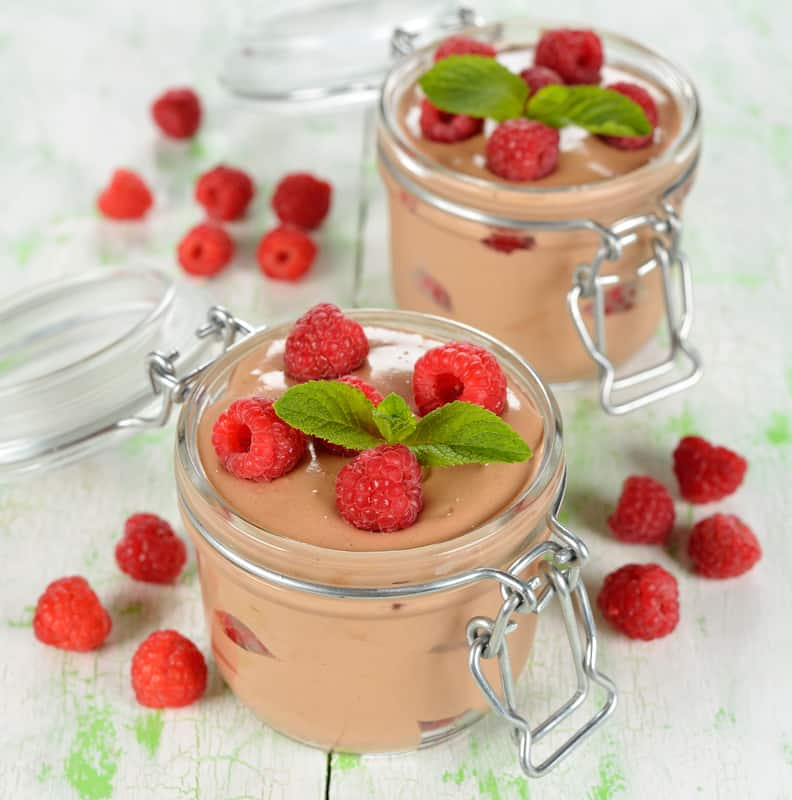 Chocolate Mousse with Raspberries-1