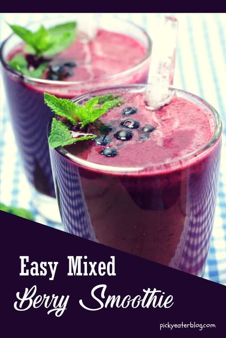 easy mixed berry smoothie. quick easy recipes, healthy food for picky kids, healthy food for picky husband, healthy tasty food, healthy food on a budget
