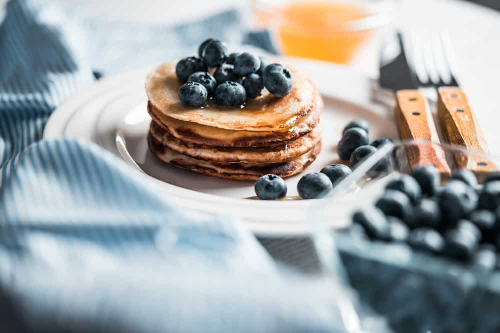 healthy breakfast and brunch recipes - pancakes