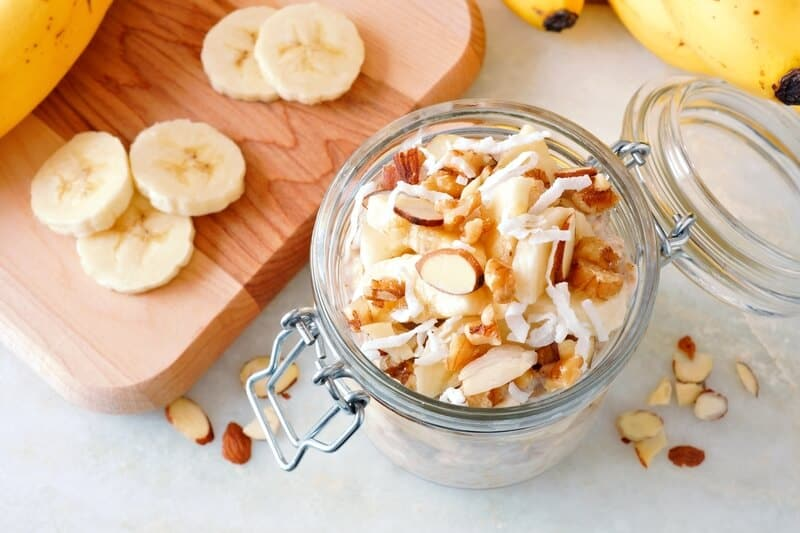 healthy breakfast and brunch recipes - overnight oats