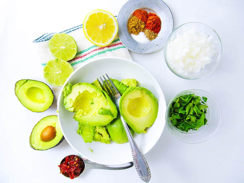 healthy guacamole recipe ingredients