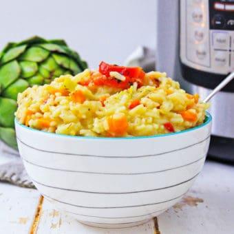instant pot risotto in white bowl