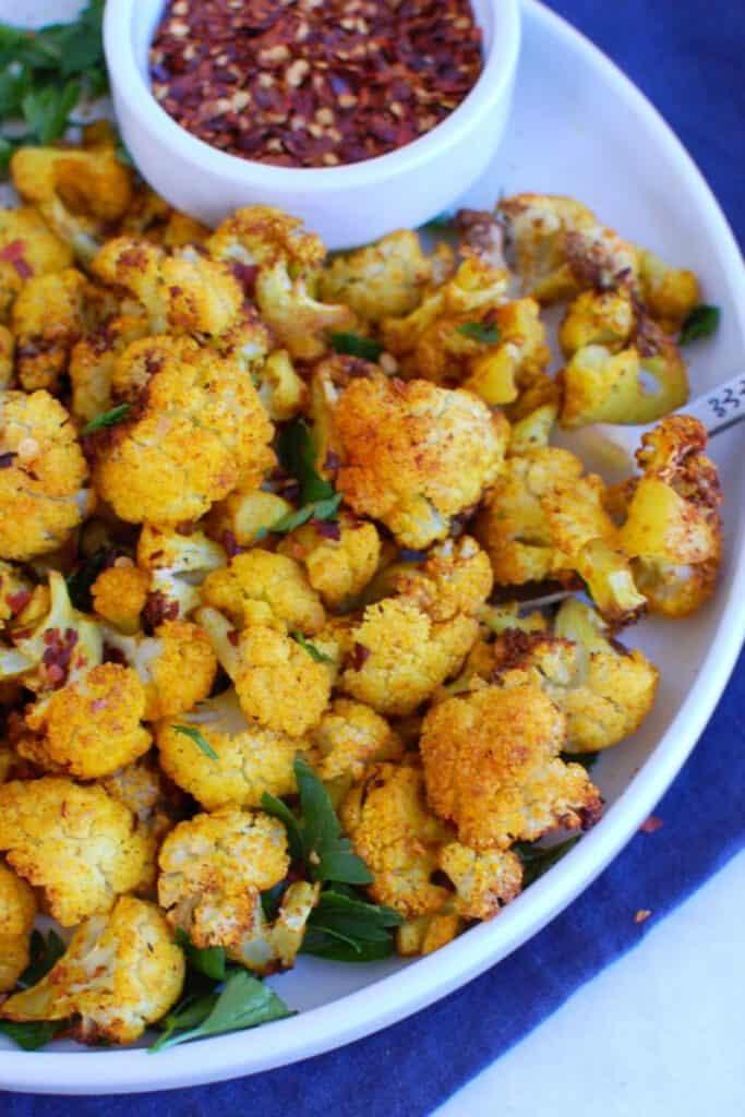 best air fryer vegetable recipes - air fryer cauliflower