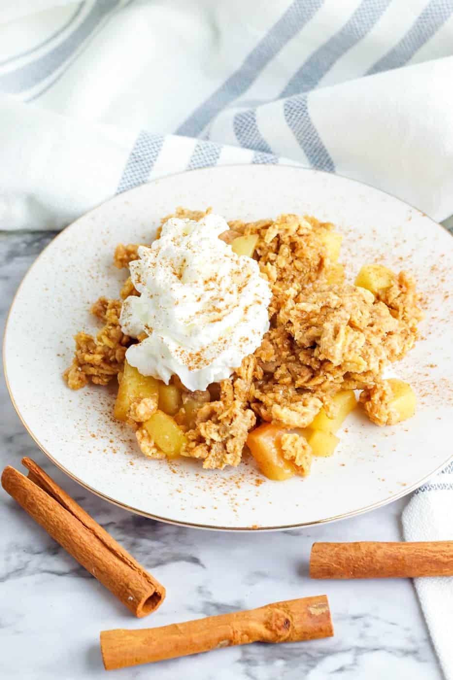 Easy Vegan Gluten Free Apple Crisp (Healthy, Vegan)