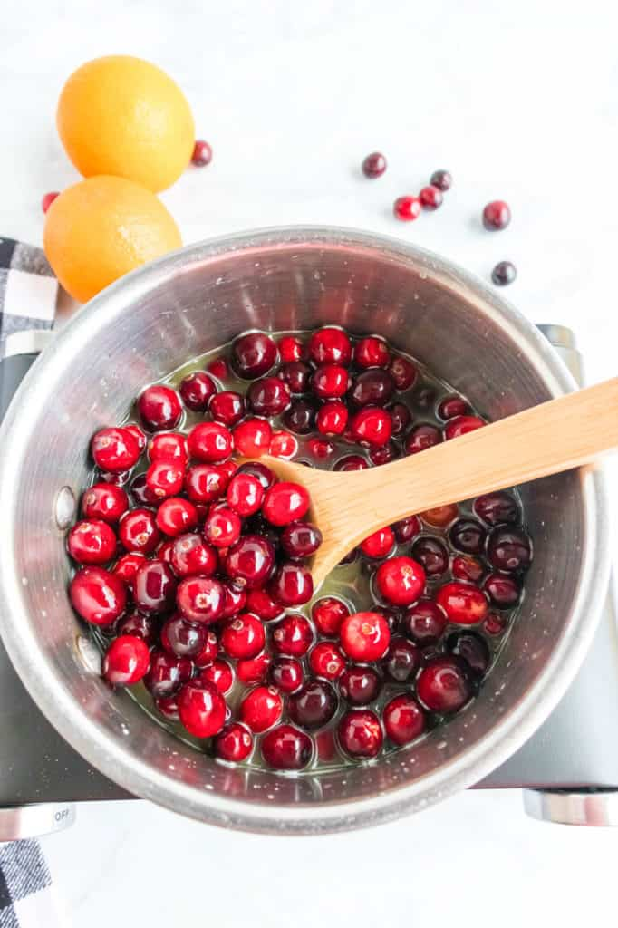 cranberries added to pot