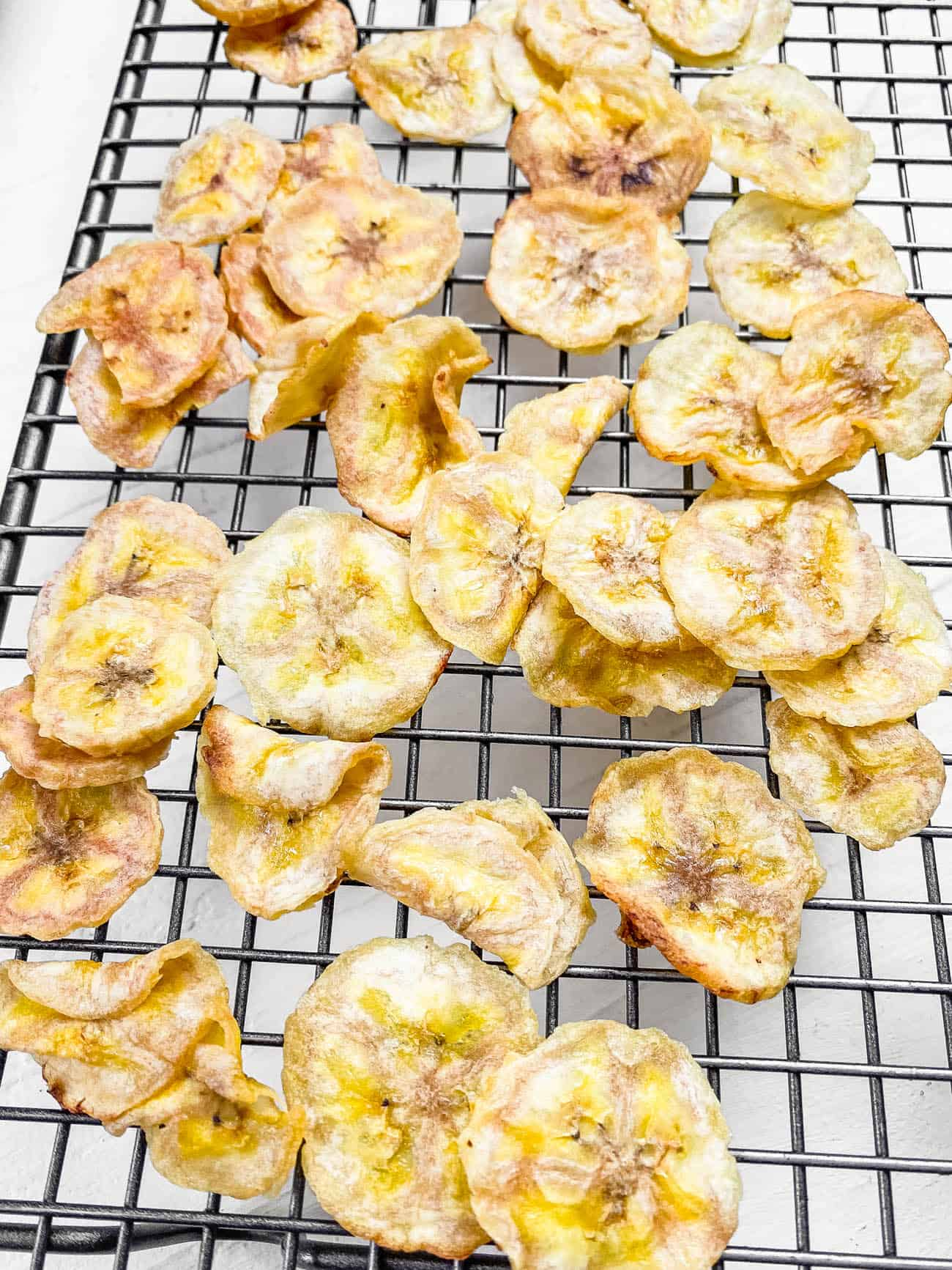 air fryer banana chips recipe on a wire rack